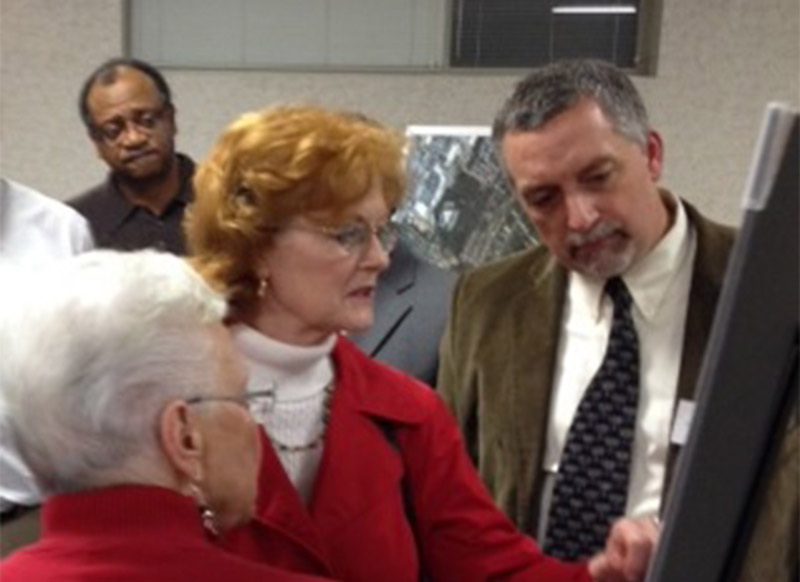East Brainerd - Citizens discuss with Mike Patrick