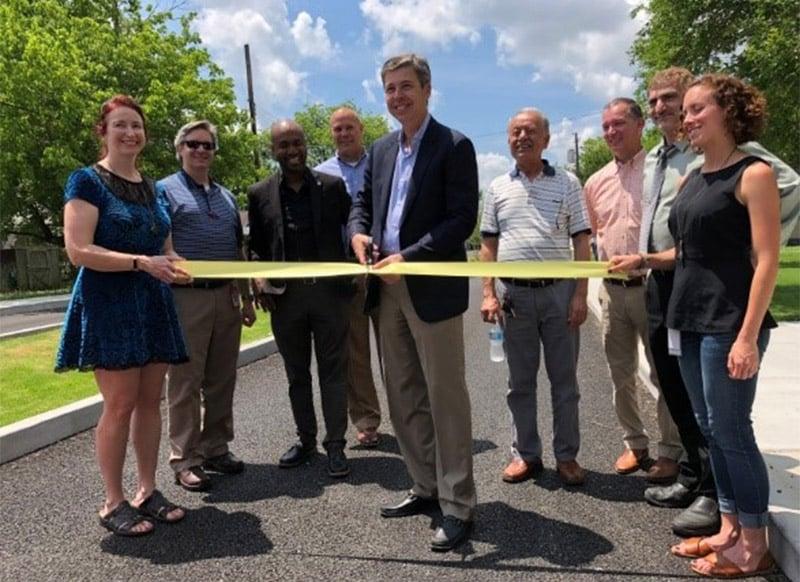 Highland Park - Mayor Ribbon Cutting